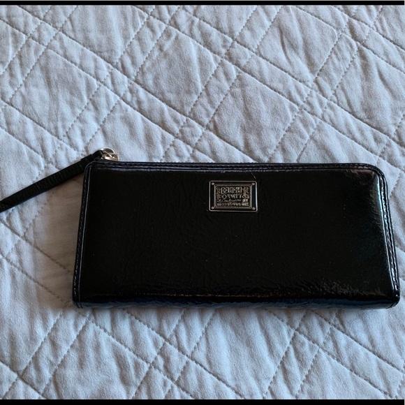 Coach Handbags - EUC Coach Poppy Wallet
